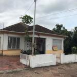 LOTE 013 - A parte ideal  correspondente a área de 177,005m² com 25% das benfeitorias, Rua Fernando Abott, nº 1029